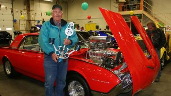 In 2011, the Club's Choice Award went to a 1961 Ford Thunderbird entered by Hank Binder of Golden.